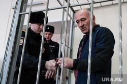 Продление срока ареста в СИЗО Ванюкову Роману и Бабаяну Аваку. Курган, арест, бабаян авак, наручники