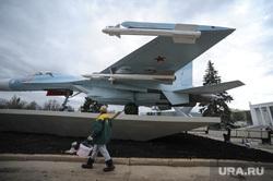 Военная техника на ВДНХ. Москва, су27, су-27, военный самолет
