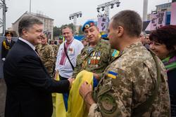 Украина. Петр Порошенко. Военные, порошенко петр, украинские солдаты