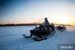 Зимняя рыбалка на реке Обь. Сургут , снегоход