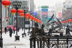 Красные китайские фонарики на улице Вайнера. Екатеринбург, уличное освещение, фонарь, улица вайнера, город екатеринбург, красный фонарь