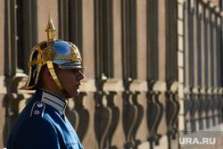 Виды Стокгольма. Швеция, часовой, гвардеец, почетный караул