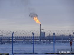 Комиссия ЦИК в Сабетте. Сабетта, природный газ, вышка, ямал спг, забор, добыча газа