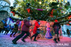 Новогодняя елка в Кремле. Москва, новогодняя елка, дети, троицкий мост