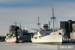 Виды Калининграда. Калининград, витязь, корабль, порт, пароход, судно, портовые краны