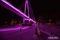 Ночные виды города 2. Тюмень, мост влюбленных, иллюминация