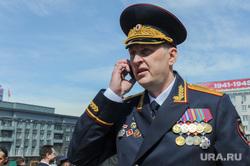 Парад Победы, торжественное построение на Площади революции. Челябинск, савченко евгений, говорит по телефону