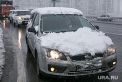 Снегопад в Москве. Москва, снегопад, машина в снегу