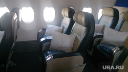 Флайдубай, полет бизнес-классом на самолете Боинг-737-800 в Дубай, ОАЭ. 4-7 мая 2014, бизнес-класс, салон самолета