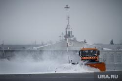 Первый споттинг в Кольцово. Екатеринбург, грейдер, взлетная полоса, уборка снега, аэропорт, кольцово