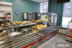 Столовая в школе №112. Пермь, еда, школьная столовая, линия раздачи