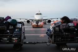 Споттинг в Кольцово. Екатеринбург, багаж, гражданская авиация, самолет, багажные тележки