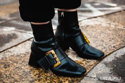 Любительница винтажной одежды София Лизанец. Екатеринбург, обувь, винтаж