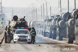 Первая репетиция юбилейного Парада Победы в Екатеринбурге на 2-ой Новосибирской, военная техника, ваи, военная автоинспекция