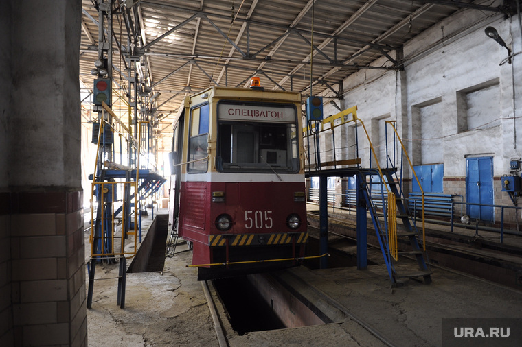 Трамвай необр