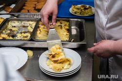 Экскурсия на комбинат школьного питания. Сургут, столовая, еда, обед, порция