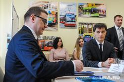 Алексей Текслер в трамвайном депо. Челябинск, текслер алексей, гаттаров руслан