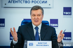 Пресс-конференция Виктора Януковича. Москва, разводит руками, янукович виктор