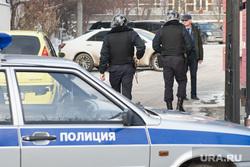 Вневедомственная охрана на проходной облпрокуратуры. Екатеринбург, охрана, полиция