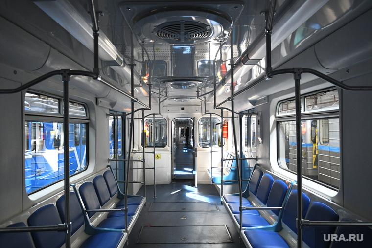 Новые вагоны екатеринбургского метрополитена. Необр