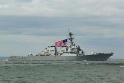 Американские эсминцы, военный корабль, море, американский флаг, военный корабль, эсминец сша