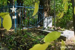 Могила Виктора Маниона на Ивановском кладбище. Екатеринбург, могилы, кладбище, могила маниона виктора