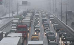 Снегопад в Москве. Москва, пробка, проезжая часть, МКАД, снегопад
