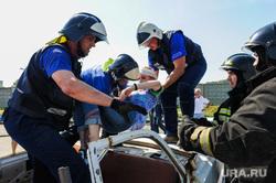 Тактико-специальные учения Скорой помощи по спасению пострадавших в ДТП. Челябинск, спасение пострадавших в дтп, эвакуация раненных в дтп