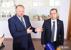 Губернатор Шумков отменил международную поездку с полпредом Цукановым