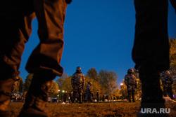 Акция против строительства собора святой Екатерины на Октябрьской площади. Екатеринбург, протест, росгвардия, сквер, сквер на драме