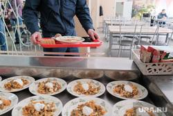 Столовая в промышленном техникуме. Курган, питание, столовая, школьная столовая, еда, питание в школе