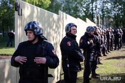 Протесты против строительства храма Св. Екатерины в сквере у театра драмы. Екатеринбург, росгвардия, оцепление, забор, сквер на драме