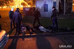 Протесты у сквера. Екатеринбург, задержание, полиция, сквер на драме