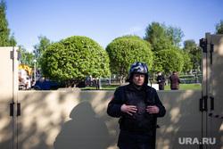 Протесты против строительства храма Св. Екатерины в сквере у театра драмы. Екатеринбург, росгвардия, забор, сквер на драме