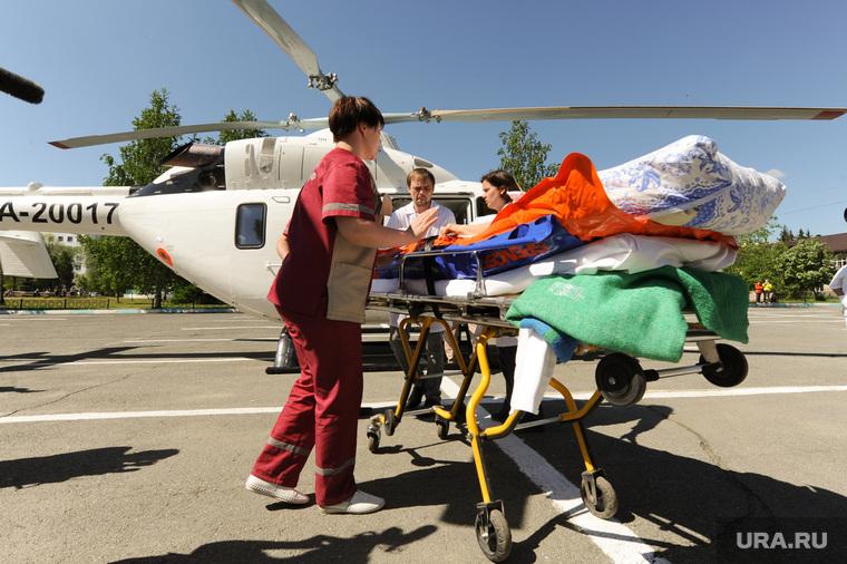 Вертолет санитарной авиации. Медицина катастроф. Челябинск
