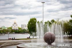 Виды Екатеринбурга, храм на крови, лето, фонтан, октябрьская площадь, виды екатеринбурга