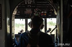 Учения по поиску и эвакуации космического корабля «Союз». Челябинская область, поселок Увельский, ми-8, пилот, кабина пилота