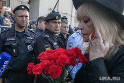 Прощание с Иосифом Кобзоном в Концертном зале им. Чайковского. Москва, пугачева алла, полиция