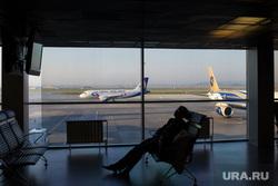 Клипарт. Екатеринбург, самолет, уральские авиалинии, аэропорт, ожидание, задержка рейса