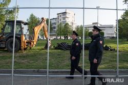 Второй день протестов против строительства храма Св. Екатерины в сквере около драмтеатра. Екатеринбург, росгвардия, храм на драме, сквер на драме