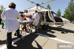 Вертолет санитарной авиации. Медицина катастроф. Челябинск, вертолет, пациент, медицина, врач, санитарная авиация