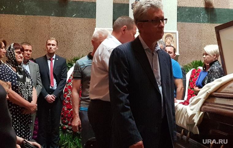 Церемония прощания с бывшим начальником Свердловской железной дороги Алексеем Мироновым. Москва