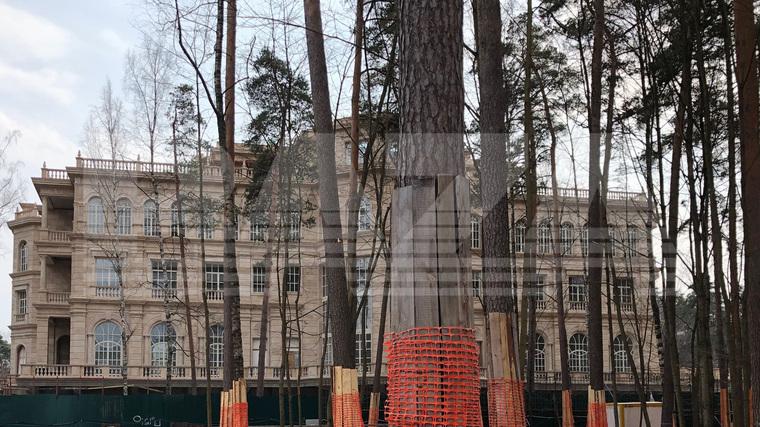 Baza поведала оновом доме Сечина за18 млрд руб.