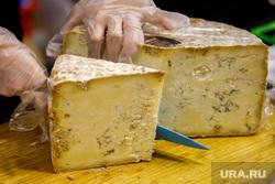 Фестиваль «Планета сыра» в ТРЦ «Пассаж». Екатеринбург, сыр, фермерские продукты