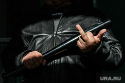 Клипарт по теме Коллекторы. Екатеринбург, коллектор, бандитизм, фак, неприличный жест, бита, fuck, насилие, грабеж, жест рукой, агрессия