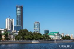 Уровень воды в городском пруду снизили на один метр. Екатеринбург, башня исеть, исеть, пруд, вид города, город екатеринбург