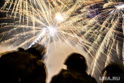 Праздничный фейерверк на День Победы. Екатеринбург, салют, день победы, фейерверк