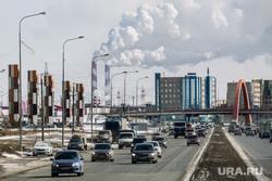 Дороги города через год после замены полотна. Сургут  , дым, транспорт, экология, грэс 2, город сургут, тюменский тракт, дорога, автомобили, ворота в город