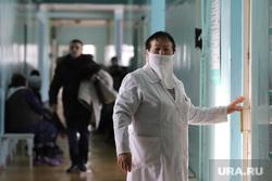 Визит врио губернатора Курганской области Шумкова Вадима в Шадринск, врач
