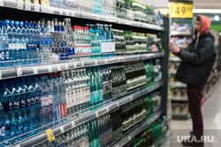 Открытие супермаркета «Перекресток». Екатеринбург, напитки, продуктовый магазин, прилавок, вода